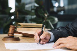 ביטול חוזה שכירות באופן חד צדדי