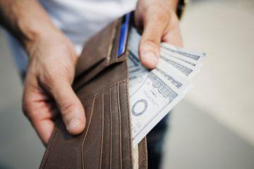 אמצעי תשלום – צ'ק, אשראי, מזומן ומה שביניהם